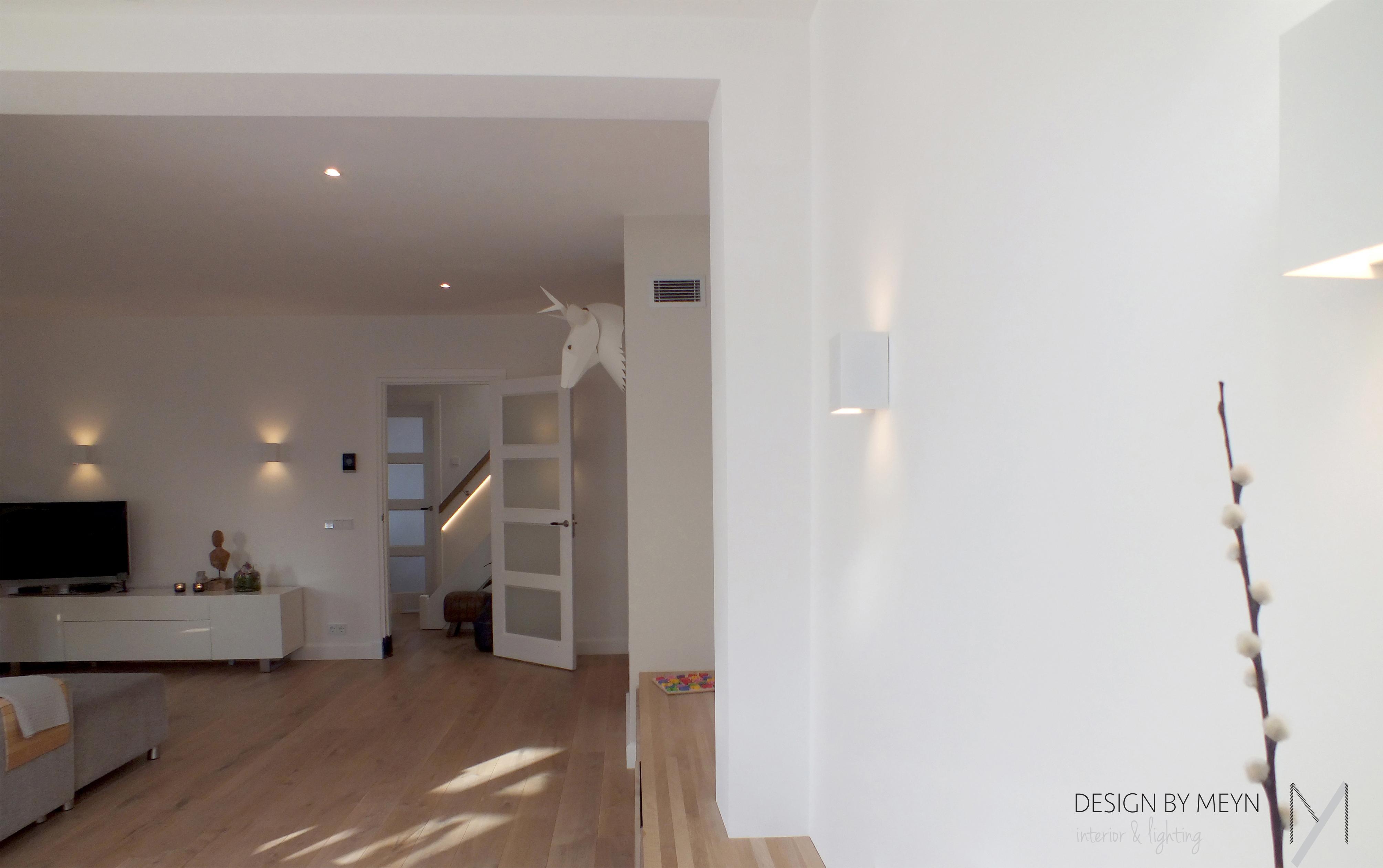 Lichtplan woonkamer zichtlijn wand spots – Design by Meyn