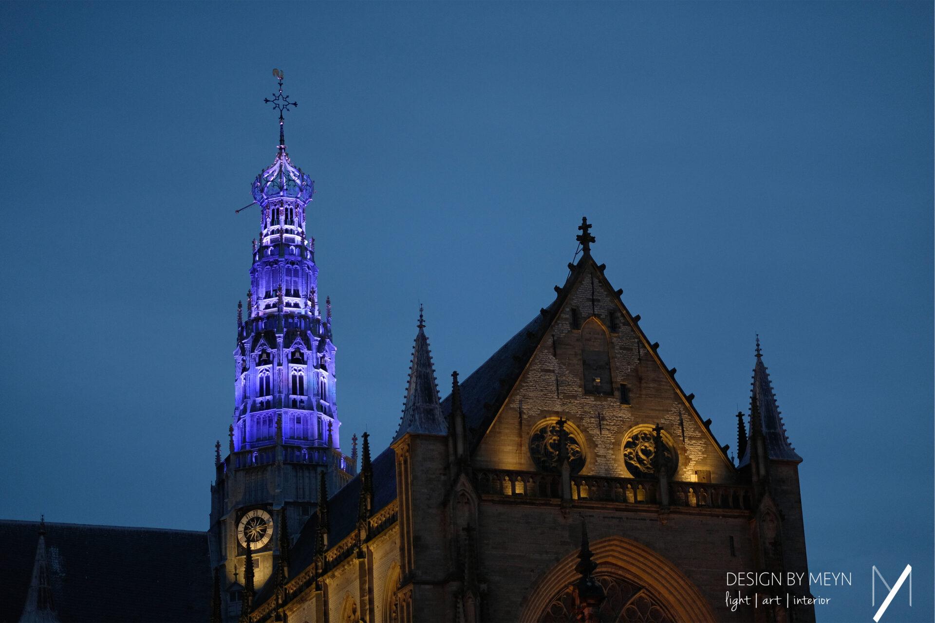 lichtkunstwerk toren Grote of St.-Bavo Kerk Haarlem